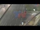 El momento en el que el auto que iba a 170 km/h voló por la autopista