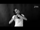 Юная модель агентства Linda очаровательная Ирина Backstage со съемок