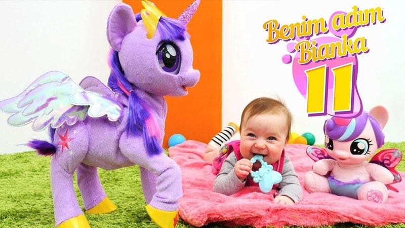 Bebek videosu. Bianka Twilight Sparkle ile oynuyor!