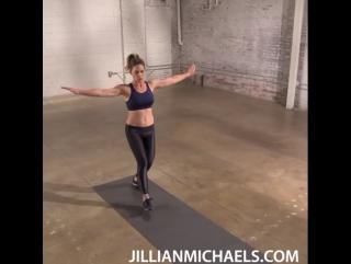 Мини тренировка ягодиц от Джиллиан Майклс