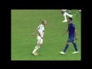 В этот день ровно 12 лет назад на ЧМ 2006 Зинедин Зидан ударил в грудь Матерацци и завершил свою профессиональную карьеру 👊🏼