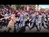 Протесты в Ереване против назначения экс-президента премьером