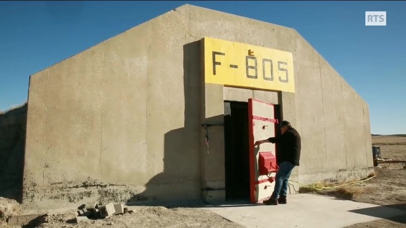 Survivalistes - des bunkers pour millionnaires_HD.mp4