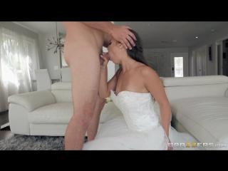 Brazzers.com] Kelsi Monroe (Something Borrowed Something Blew / 06.05.2018) [2018 г., Ass Worship,Athletic,Big Ass,Blowjob (POV)