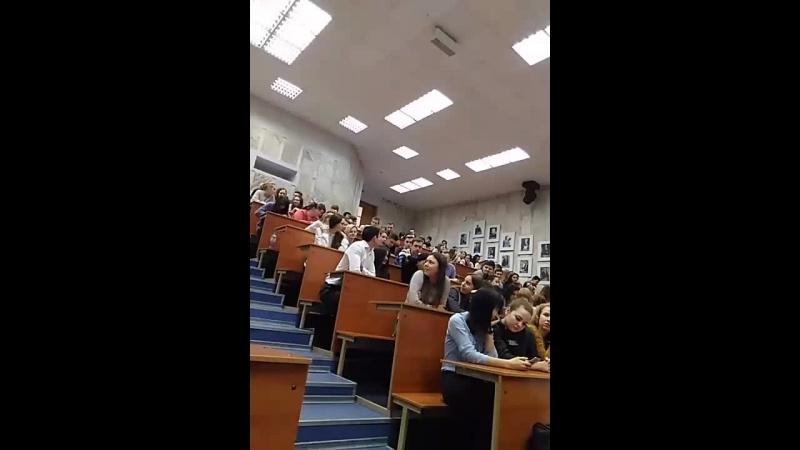 Встреча студентов ВолГУ с ректором В В Таракановым