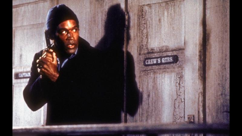 Отрывок из фильма Голый пистолет - Полиция, бросайте оружие!