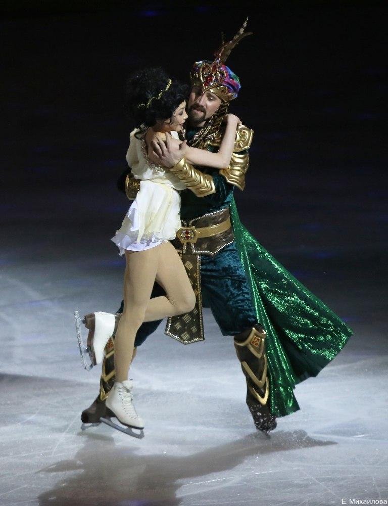 Ледовые шоу-4 - Страница 48 UHQiQjInMW0