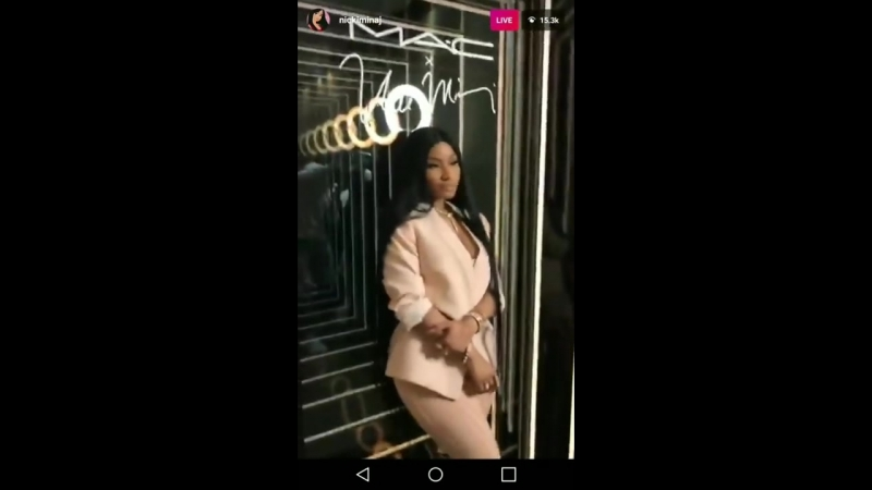 Nicki Minaj Rapping Itty Bitty Piggy @ Her M.A.C. Launch In NYC