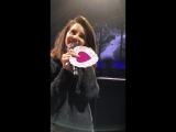 Лана с фанатами (Live @ «LA To The Moon Tour»: «Frank Erwin Center»)