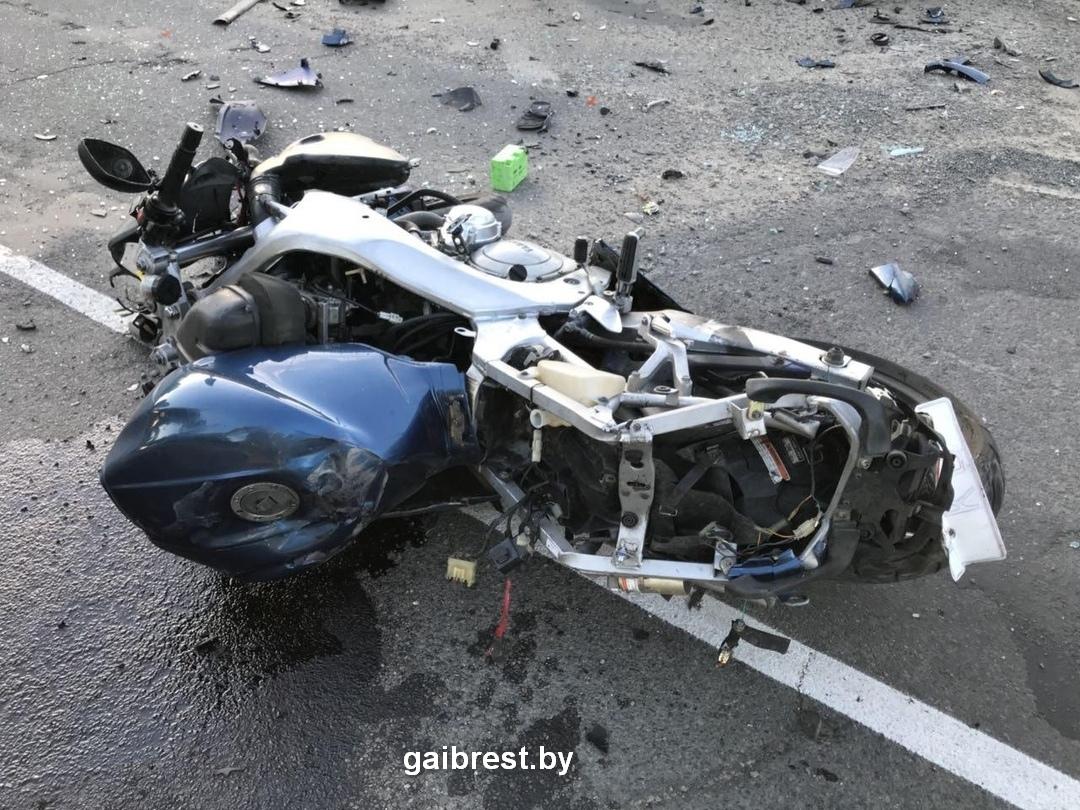 Ивановский район, деревня Мотоль: в ДТП погиб мотоциклист
