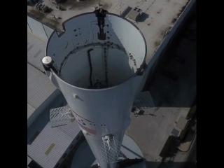 Falcon 9 Booster, Hawthorne