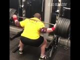 Влад Алхазов (Израиль), присед без бинтов и наколенников - 320 кг на 5 раз 💪