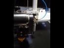 работа сверлильной головки на Tilt-A-Jet