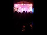 Народ клёво отжигает под дождём под Оргию праведников!!!)) 18.05.18Шокофеsт 2018, открытие сезона