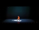 Французский хореограф Mourad Merzouki объединил танцы прекрасную музыку цирковые трюки и театр с мэппингом