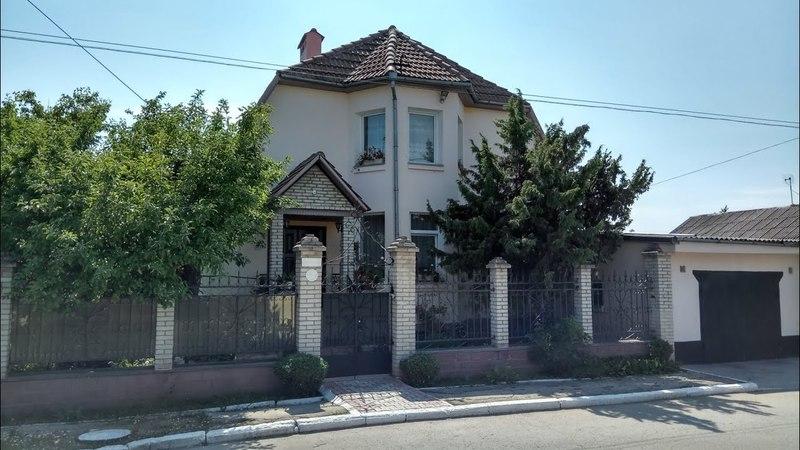Продаем 3-этажный дом со всеми удобствами в г.Рыбница по ул.Советская возле центрального рынка=$105000