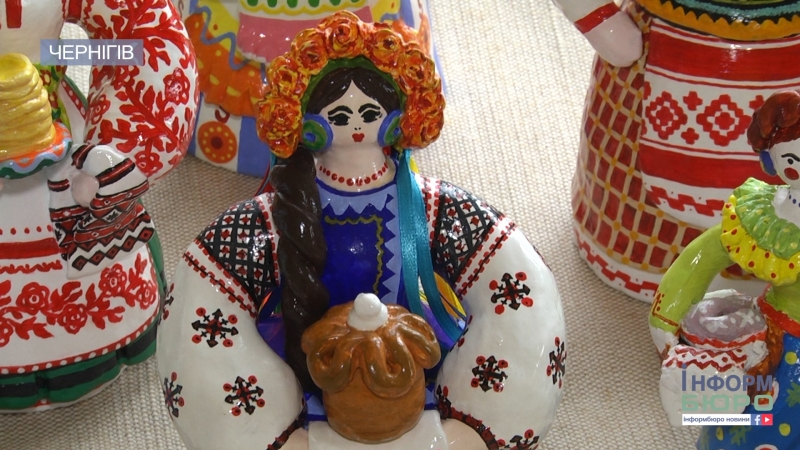 5 чернігівських майстринь вишукано привітали жінок з Днем матері