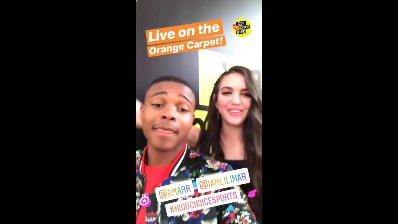 19.07: Лилимар на оранжевой ковровой дорожке «Nickelodeon Kids' Choice Sports 2018»