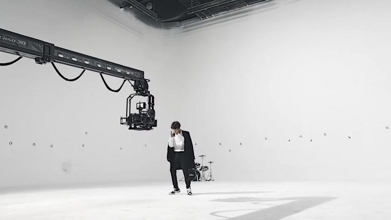 SKECHERS • EXO│DLITES 2 FLOW RIDER 7 BAEK HYUN