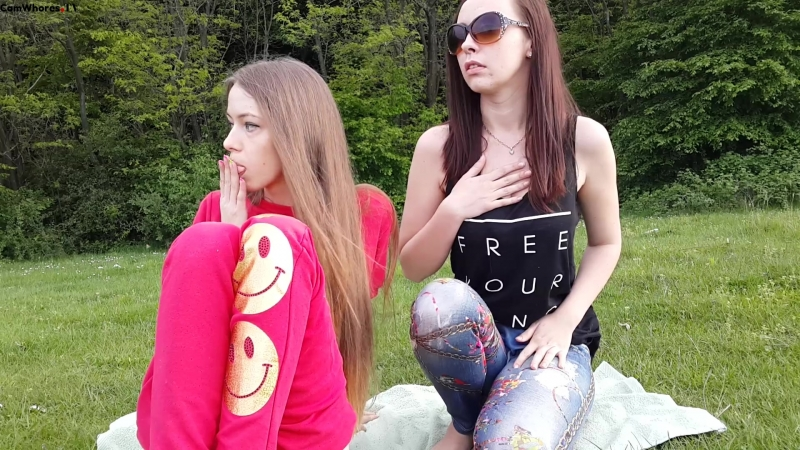 daughter-naked-hot-teen-girl-squirts-outside-big-ass-fucked