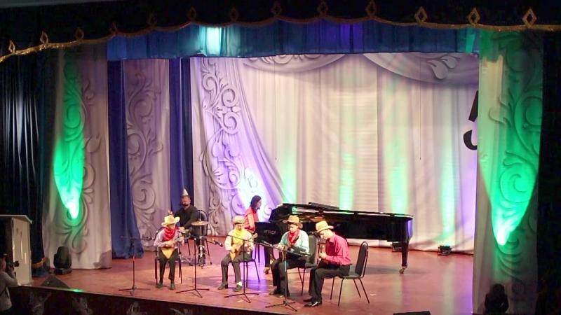Ансамбль балалаечников,руководитель Косов В. Л., концертмейстер Адамова О. В.