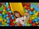 Top Havuzunda Muhabbet Kuşum Maviş ile Oynadık - Eğlenceli Çocuk Videosu | Playing with Parakeet