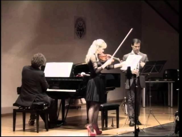 A. Priolo: Threepenny in the dark (su un tema di Kurt Weill) - Alessandro Carbonare Trio