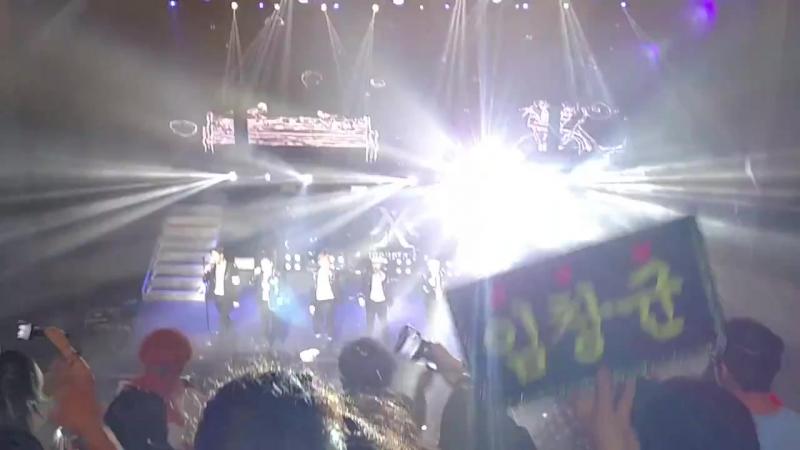 [VK][23.07.2017] MONSTA X fancam - 'White Love' @ 'THE 1ST WORLD TOUR' Beautiful in Los Angeles (D-1)