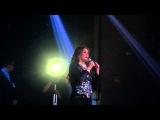 Lucia Mendez cantando Corazon de Piedra en Circus Disco