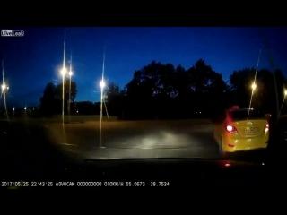 LiveLeak-dot-com-0a7_1496135097_1496131347.mp4.h264_720p.mp4.mp4