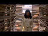 Glee - Brittany &amp Santana - Me Against The Music (Complete scene HD)