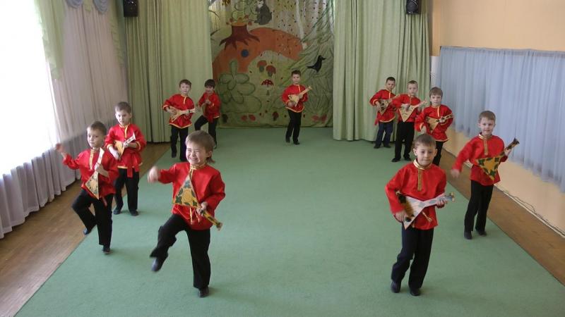 Хореографическая студия Топотушки МБДОУ г Иркутск детский сад №161 танец Балалайка