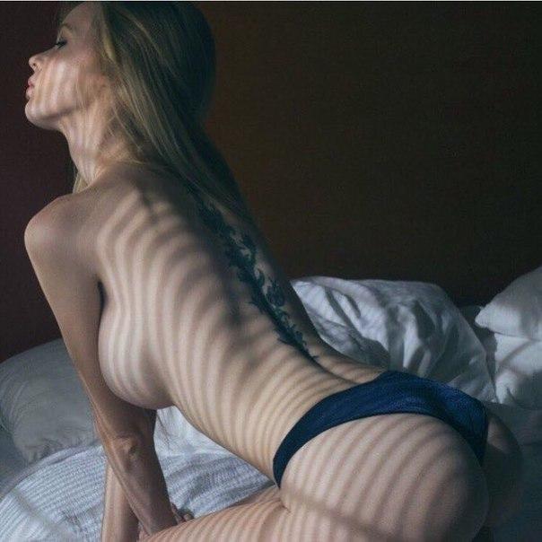 Sex nude actress