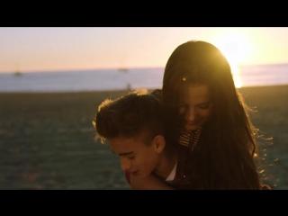 Парень круто спел! Красивая пара, мальчик и девочка, любовь, как это мило, маленький Джастин Бибер Джонни Орландо! ЛЮБЛЮ