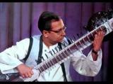 Raag Yaman Kalyan by Pandit Nikhil Banerjee with Ustad Zakir Hussain
