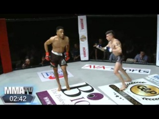 Got Too Cocky: MMA Fighter Gets Knocked Out With A Kick To Face After Taunting His Opponent!