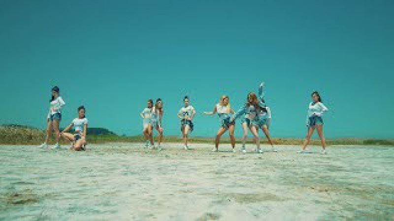 청하(CHUNG HA) - Why Don't You Know (Feat.넉살) MV (Performance Ver.)