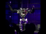 Jeff Bezos Pilots The South Korean Method-2 Robot