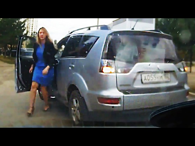 WTF MOMENTS ON THE ROAD and ROAD RAGE 2017 Caught on Dash Cam, Epic Retarded Drivers Fails 2017 638