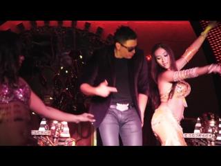 Elvis Crespo - Pegaíto Suavecito ft. Fito Blanko