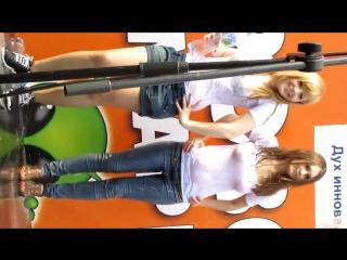 Лесби приставания - видео / bytop @ XXX Alarm