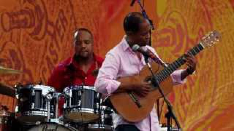 Earl Klugh at Eric Claptons Crossroads Festival