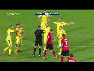 Украинский арбитр Жабченко допустил курьезную ошибку в матче Лиги Европы