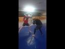 Отработка ударов и защита нырком под левую руку!