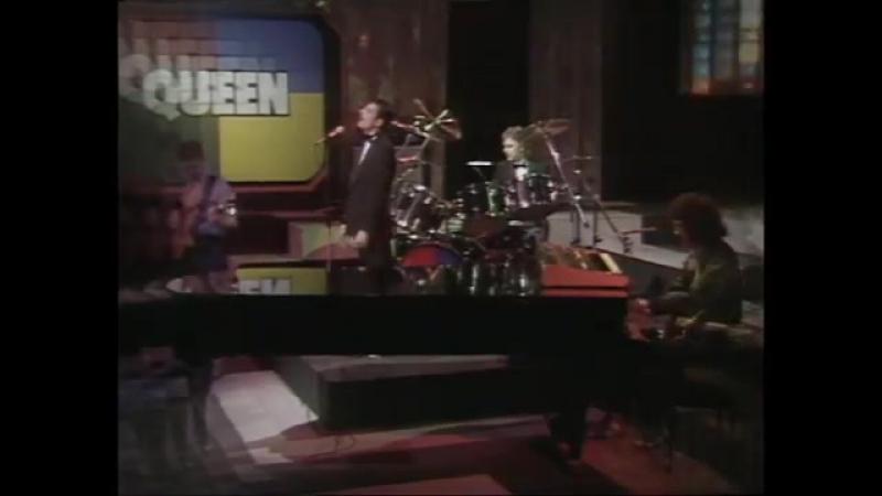 Queen - Las palabras De Amore 1982 (BBC re-broadcast)