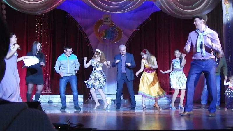 танец с сигаретками, в главной роли Павел Таушканов