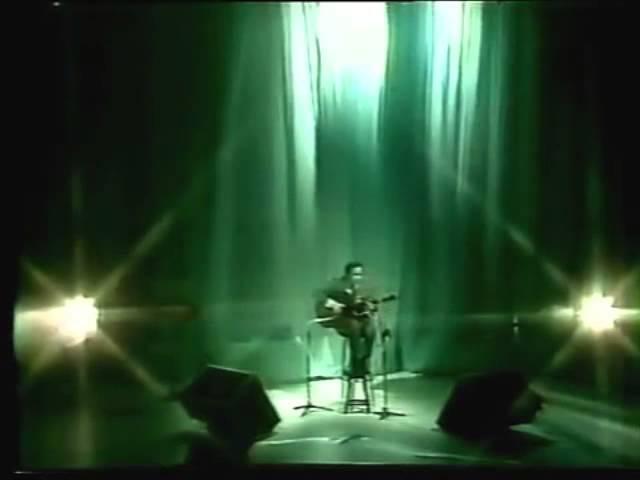 João Gilberto - Saudades da Amelia (1982)