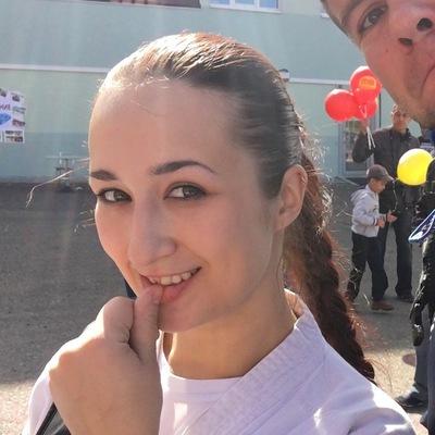 Виктория Елина