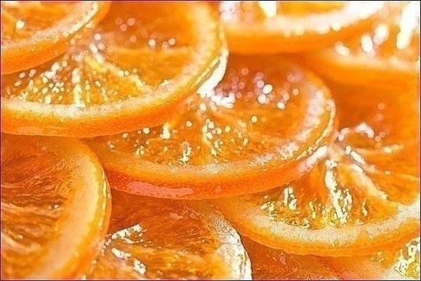 Карамелизированные апельсины.(Постный рецепт).  Домашние будут в восторге!  Вам потребуется:  1 кг. апельсинов 4...