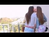 Девушки целуются! Ну очень красиво.mp4.mp4